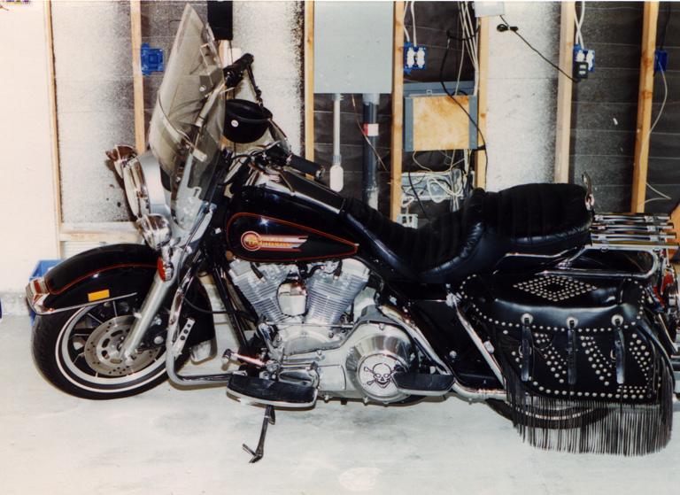 92 FLHS Harley Davidson Motorcycle