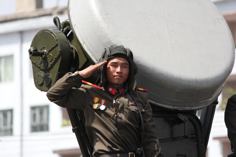 http://www.qsl.net/ah6hy/PyongyangMilitaryParade02.JPG