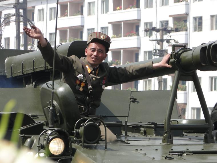 http://www.qsl.net/ah6hy/PyongyangMilitaryParade12.JPG