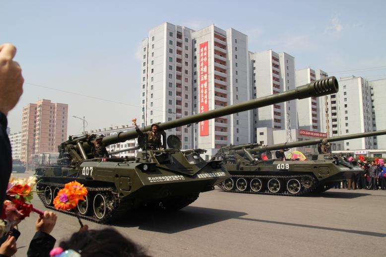 http://www.qsl.net/ah6hy/PyongyangMilitaryParade36.jpg