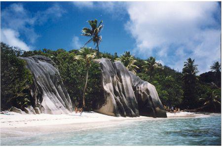 صور السياحة فى جزر مدغشقر 2015 La_Digue_Island.jpg