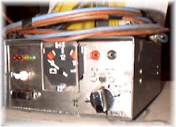Schema Elettrico Voltmetro Per Auto : Caricabatterie per elementi al piombo