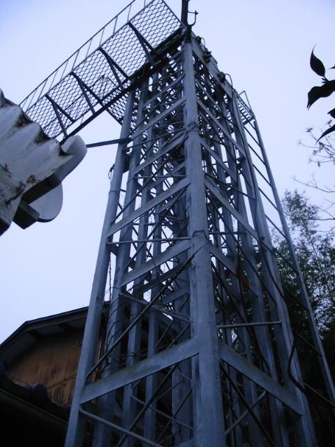 クランク アップ タワー