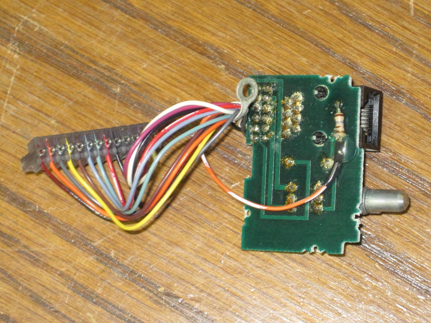 K0kn Web Page Uhf Transmitter 5pin Input Jack Wiring Microphone Moto Mic 294521 Bytes