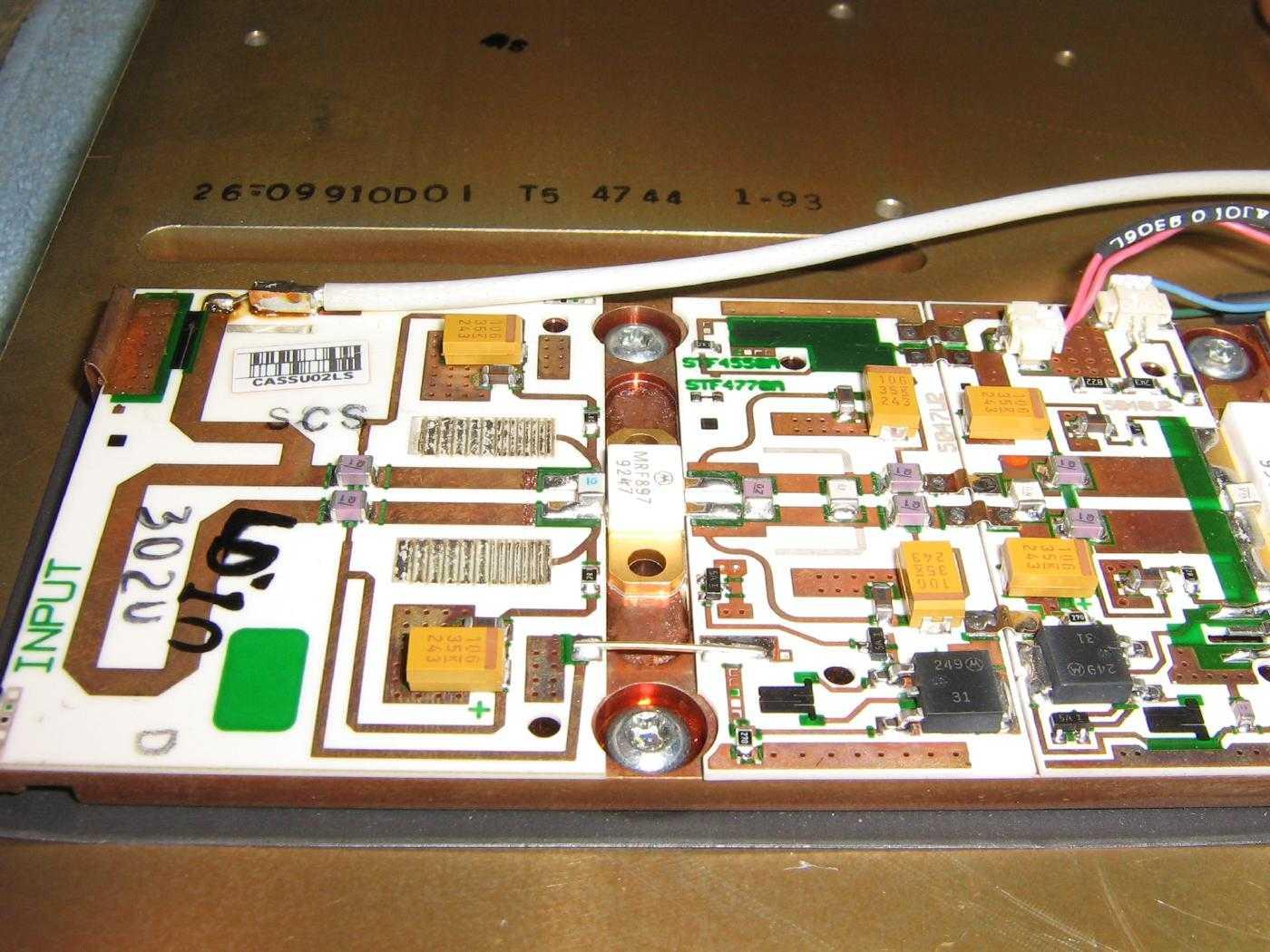 Motorola STF2520A 900 MHz Power Amplifier Modifications