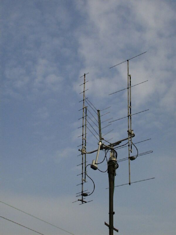 "wireless system anntena disign essay This article will examine basic antenna design parameters and  are by far the  most popular antennas used in portable wireless devices  offering an attractive  ""drop-in solution"" for rf system designers  summary."