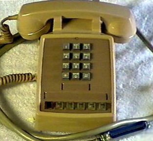 how to hold a line phone