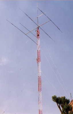 TABLN DE ANUNCIOS - Soporte antenas radioaficionado